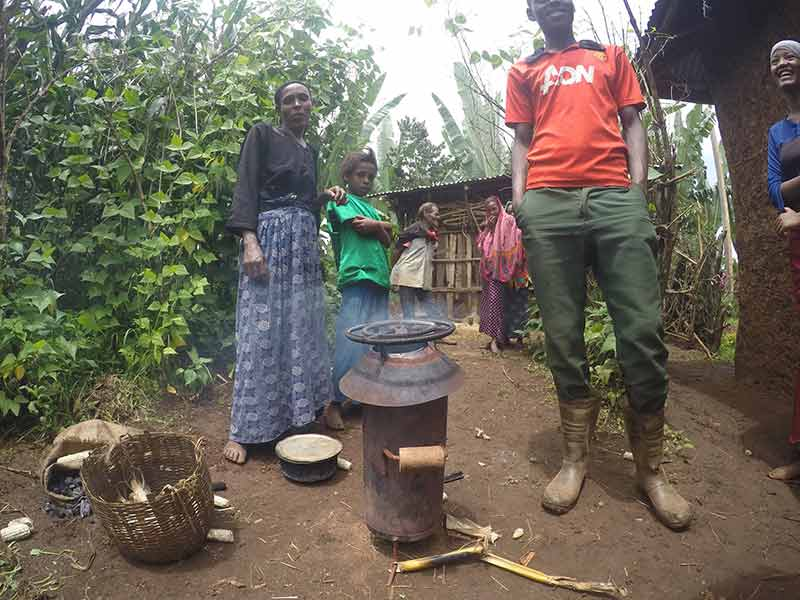 Biochar making stove evaluated in Ethiopia